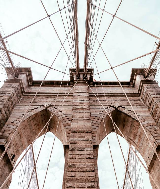 arthur-brognoli-new-york-bridge-net-worth-money-journies-street-style-monuments