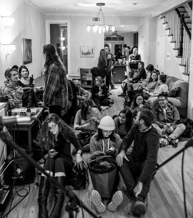 intimate-concerts-in-dc-sofar-sounds-black-cat-u-st