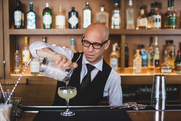 timothy-padgett-dc-bartender-oval-room-near-white-house-bar-cocktails-gin-recipe